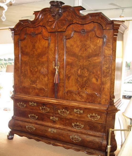 Aankoop meubels slaapkamer eetkamer louis xv luster spiegel inboedel vitrinekast garderobe louis - Antieke stijl badkamer kast ...